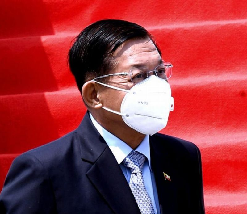 https: img.okezone.com content 2021 04 24 337 2400058 hadiri-ktt-asean-panglima-militer-myanmar-jenderal-min-aung-hlaing-tiba-di-indonesia-RUcwPm8o0o.jpg