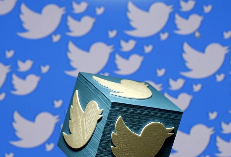 https: img.okezone.com content 2021 04 25 16 2400439 twitter-sensor-cuitan-yang-kritisi-penanganan-covid-19-di-india-28XxPOvdvm.jpg
