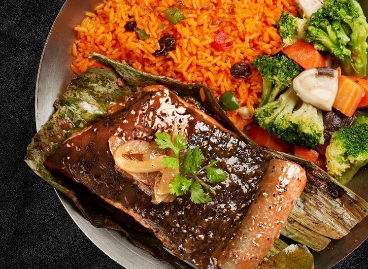 https: img.okezone.com content 2021 04 26 301 2400722 rasakan-sensasi-buka-puasa-dengan-hidangan-ikan-pari-lezat-bergizi-loh-bmpgFKcdJR.JPG