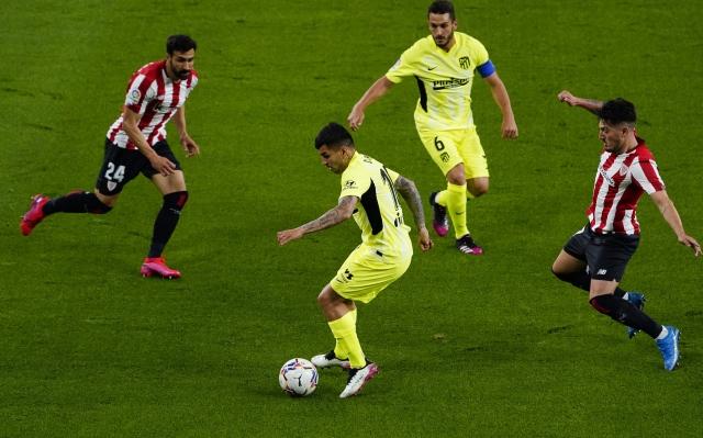 https: img.okezone.com content 2021 04 26 46 2400639 klasemen-liga-spanyol-jarak-atletico-real-madrid-dan-barcelona-makin-dekat-5ulE9q6kPI.jpg