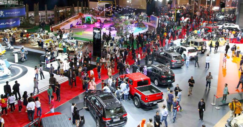 https: img.okezone.com content 2021 04 26 52 2400771 iims-2021-catat-100-074-pengunjung-2-580-kendaraan-terjual-FMeJIxxbvk.jpg