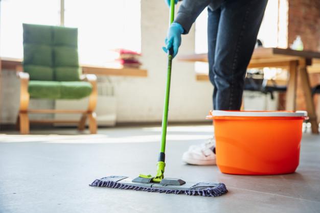 https: img.okezone.com content 2021 04 26 612 2400720 viral-queen-of-cleaning-ubah-rumah-lansia-yang-tidak-terawat-jadi-bersih-vbNs9mhVoT.jpg