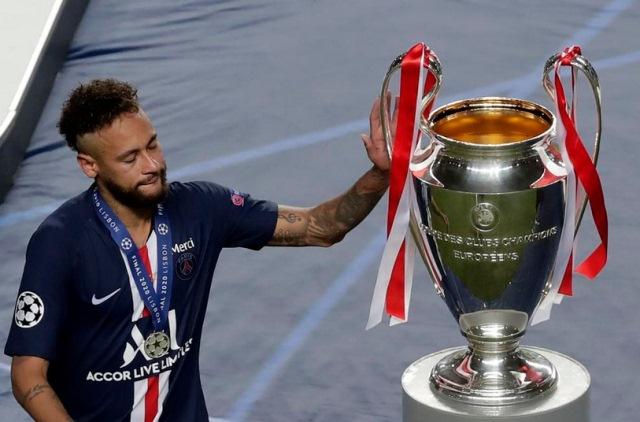 https: img.okezone.com content 2021 04 27 261 2401838 neymar-optimis-dengan-kans-psg-menjuarai-liga-champions-2020-2021-a2qGPu4A1V.jpg