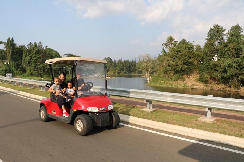 https: img.okezone.com content 2021 04 27 406 2401540 ngabuburit-dengan-beragam-aktivitas-asyik-dan-seru-bersama-keluarga-di-lido-lake-resort-by-mnc-hotel-bogor-wIENoVqnhl.JPG