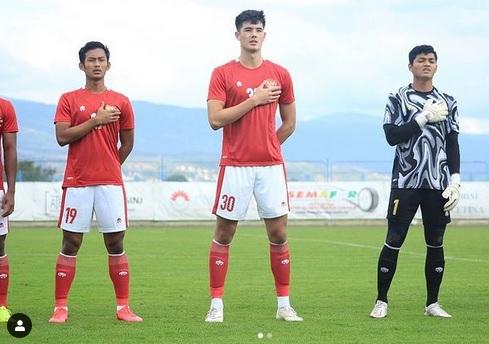 https: img.okezone.com content 2021 04 27 51 2401307 7-pemain-di-luar-negeri-dipanggil-timnas-indonesia-siapa-yang-jadi-andalan-shin-tae-yong-83r7DuwfhO.jpg