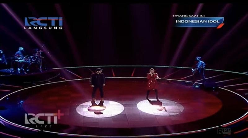 https: img.okezone.com content 2021 04 27 598 2401210 duet-di-panggung-indonesian-idol-special-season-rossa-puji-yoyo-nVAVl2ehNY.jpg