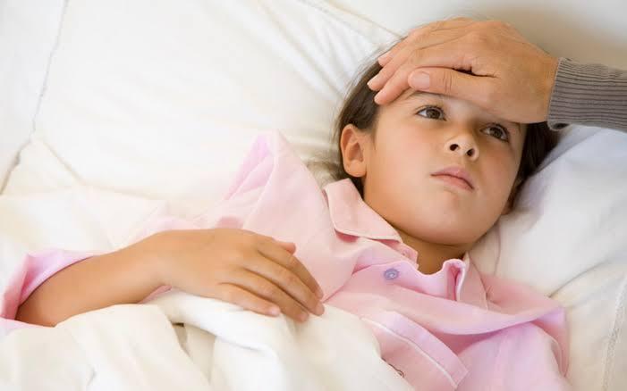 https: img.okezone.com content 2021 04 27 612 2401817 5-cara-buat-anak-nyaman-ketika-sedang-flu-kWTjPGuRnU.jpeg