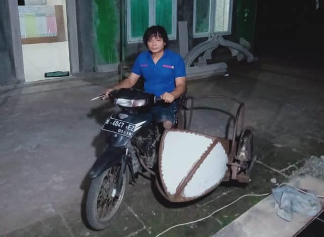 https: img.okezone.com content 2021 04 28 337 2401977 sugeng-penderita-difabel-ahli-buat-sepeda-motor-roda-tiga-IuMsmpKnx8.jfif