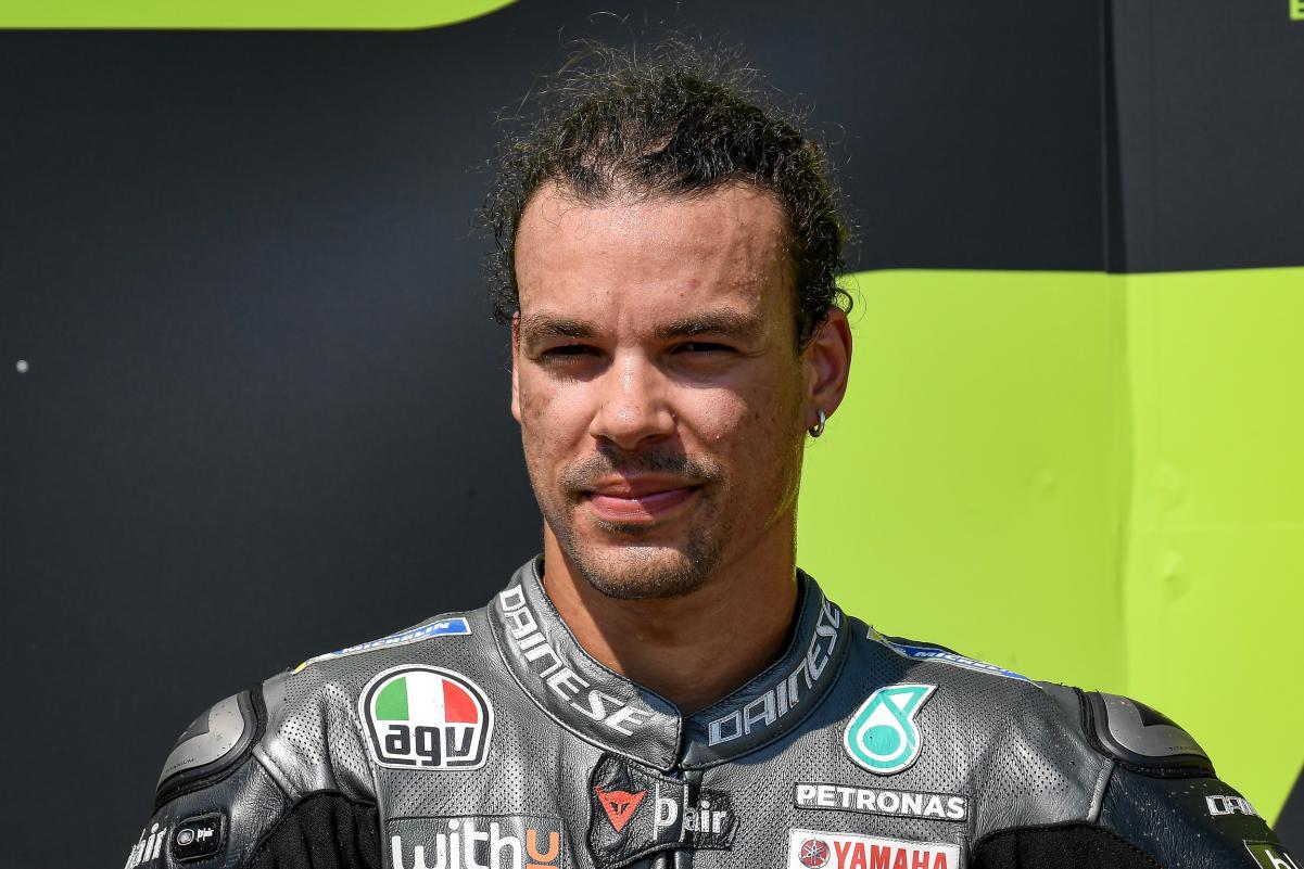 https: img.okezone.com content 2021 04 28 38 2402028 incar-naik-podium-morbidelli-janji-tampil-maksimal-di-motogp-spanyol-2021-3ZK9kf12Px.jpg