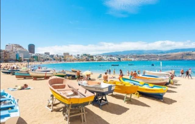 https: img.okezone.com content 2021 04 28 406 2402267 spanyol-kembali-terima-wisatawan-inggris-mulai-juni-2021-ULXr8iOsvc.jpg