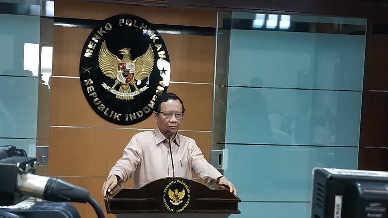 https: img.okezone.com content 2021 04 29 337 2402735 mahfud-md-92-warga-papua-pro-indonesia-hanya-segelintir-orang-pemberontak-CaRgdWONNU.jpg