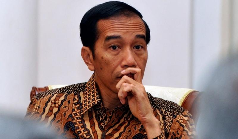 https: img.okezone.com content 2021 04 29 337 2402768 ketika-presiden-jokowi-bersedih-melihat-foto-foto-prajurit-kri-nanggala-402-yang-gugur-CO06QwhscZ.jpg