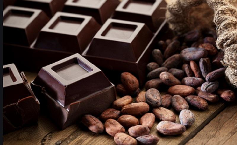 https: img.okezone.com content 2021 04 30 298 2403513 4-manfaat-cokelat-hitam-salah-satunya-bikin-kulit-cantik-JejsepEgjN.jpg