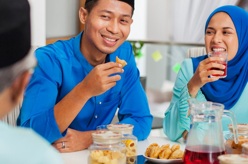 https: img.okezone.com content 2021 04 30 301 2403518 cobain-nih-lido-cookies-buatan-chef-hotel-harga-kisaran-rp100-ribu-Lezr6uPeNv.jpg