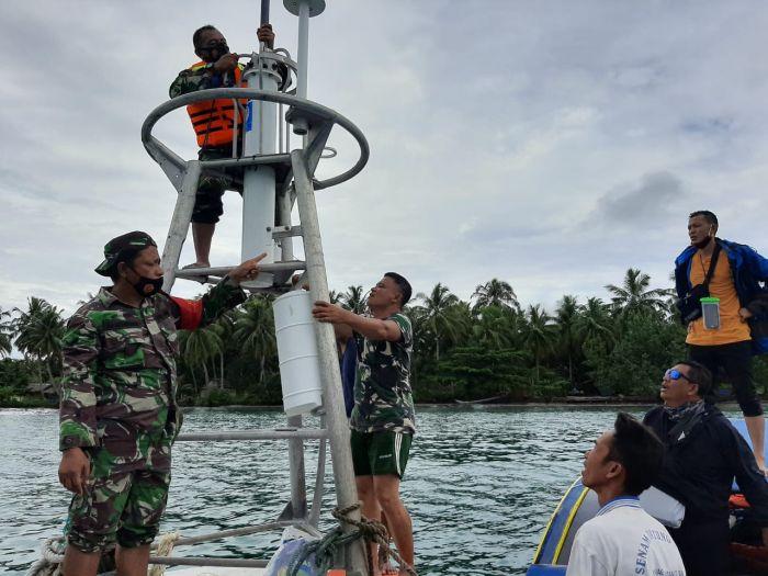 https: img.okezone.com content 2021 04 30 340 2403651 alat-pendeteksi-tsunami-dan-gempa-diduga-milik-bmkg-hanyut-PgXgzf6OAk.jpg