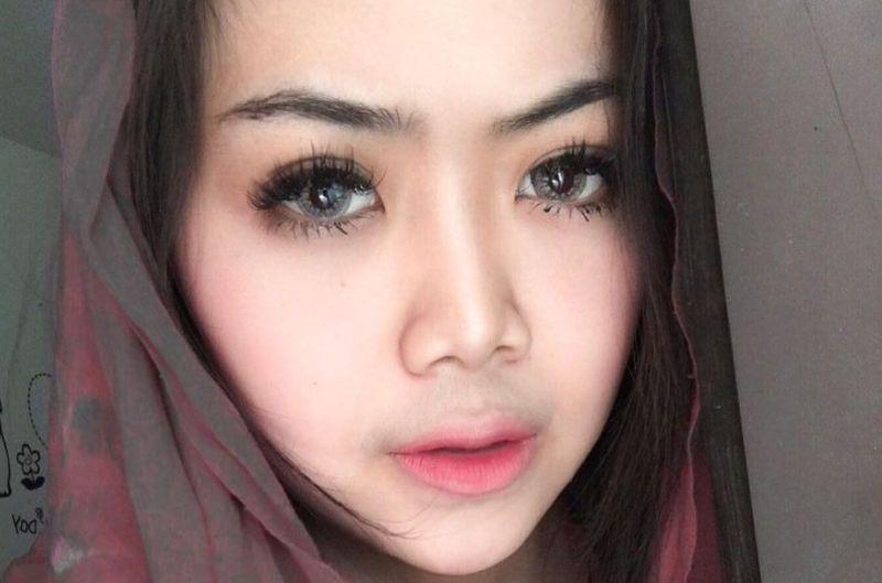 https: img.okezone.com content 2021 04 30 406 2403330 manisnya-pramugari-syarifah-pakai-hijab-netizen-sungguh-indah-ciptaan-mu-HEopiuEU9S.jpg