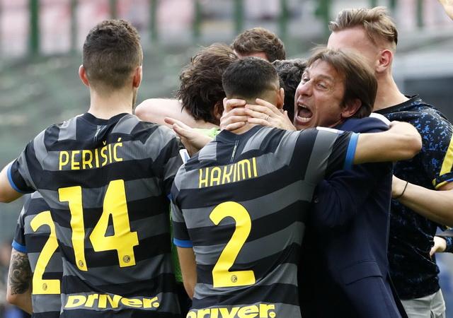 https: img.okezone.com content 2021 04 30 47 2403581 skenario-inter-milan-juara-liga-italia-2020-2021-akhir-pekan-ini-3i7rkMB5gG.jpg