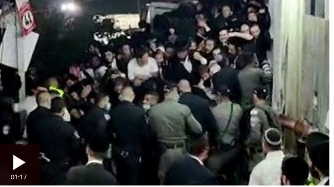 https: img.okezone.com content 2021 05 01 18 2403801 festival-keagamaan-berubah-bencana-puluhan-orang-meninggal-terinjak-di-israel-SmjXefZhmG.JPG