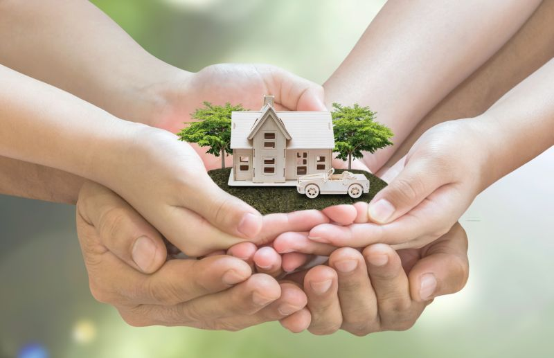 https: img.okezone.com content 2021 05 01 470 2403860 5-tips-bikin-rumah-lebih-ramah-lingkungan-HCVxZcGI1f.jpeg