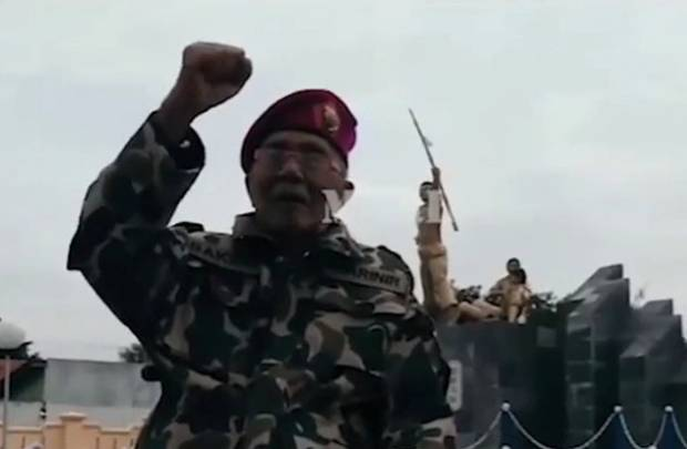 https: img.okezone.com content 2021 05 02 337 2404161 pelaku-sejarah-terbentuknya-korps-marinir-kopral-kko-bakrie-meninggal-tv7WxTSJn1.jpg