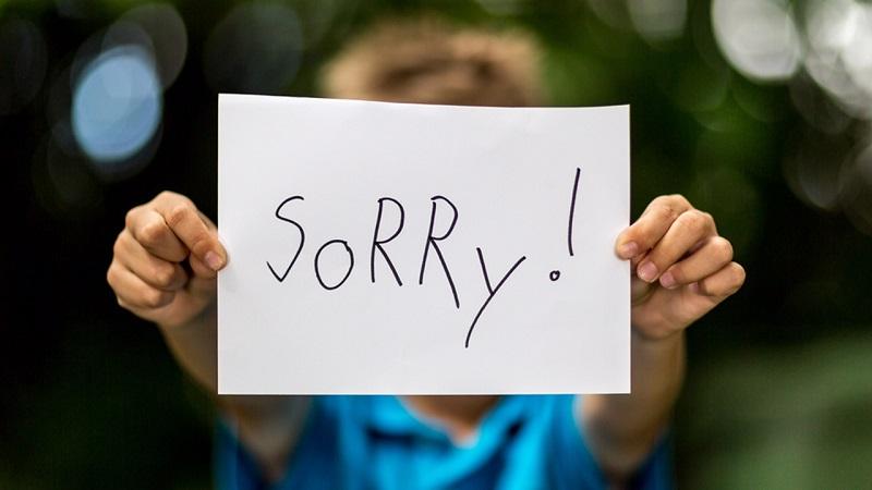 https: img.okezone.com content 2021 05 02 608 2404280 anaknya-viral-menistakan-agama-orangtua-minta-maaf-ke-umat-muslim-Pgb4E4f96r.jpg