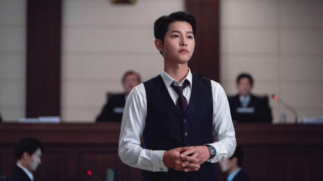 https: img.okezone.com content 2021 05 03 194 2404569 5-potret-keren-song-joong-ki-di-drama-vincenzo-dandy-dan-modis-banget-hoN3z8rhTw.jpg