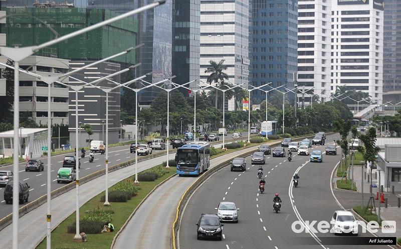 https: img.okezone.com content 2021 05 03 320 2405033 jurus-bi-geber-pemulihan-ekonomi-indonesia-GzNvtFfBk8.jpg