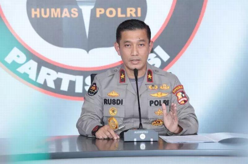 https: img.okezone.com content 2021 05 03 337 2404894 polri-identifikasi-kkb-papua-berlabel-teroris-RkP99CFWTG.jpg
