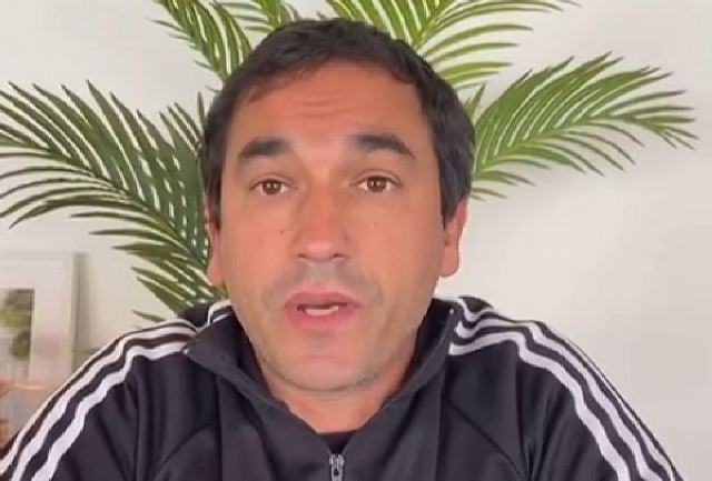 https: img.okezone.com content 2021 05 03 49 2404980 arema-fc-resmi-kontrak-pelatih-asal-portugal-y8YHnc4w9W.jpg