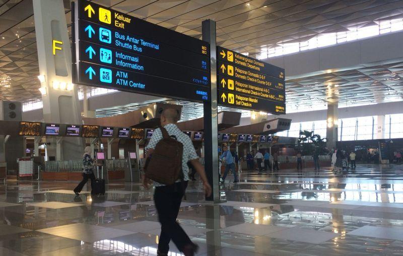 https: img.okezone.com content 2021 05 04 338 2405144 bandara-soetta-siapkan-posko-monitoring-jelang-larangan-mudik-3Zh3ro2HRe.jpg