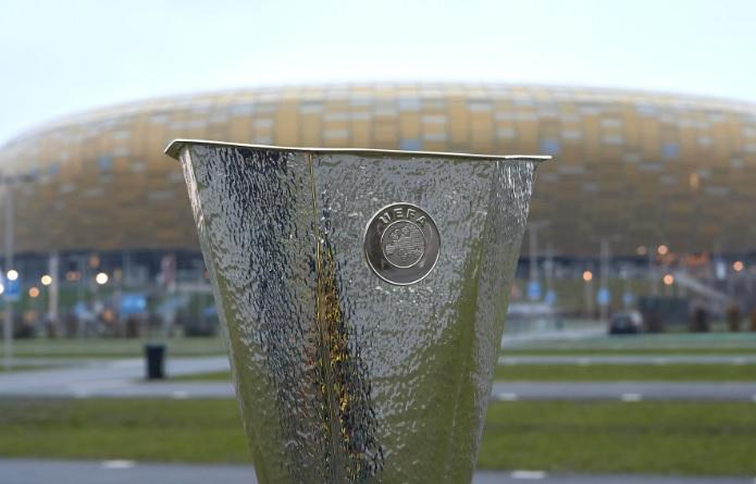 https: img.okezone.com content 2021 05 04 51 2405136 uefa-izinkan-9-500-penonton-hadiri-final-liga-eropa-2020-2021-di-stadion-rTHajwnf0X.jpg