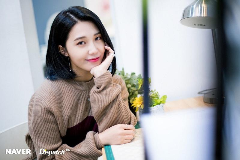 https: img.okezone.com content 2021 05 05 206 2405737 jung-eunji-comeback-berakting-lewat-drama-oh-my-lord-OIHRkQiNyn.jpg