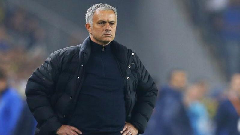 https: img.okezone.com content 2021 05 05 47 2405937 jose-mourinho-datangkan-3-pemain-ini-ke-as-roma-siapa-saja-3Hk0IJ3Wmb.jpg