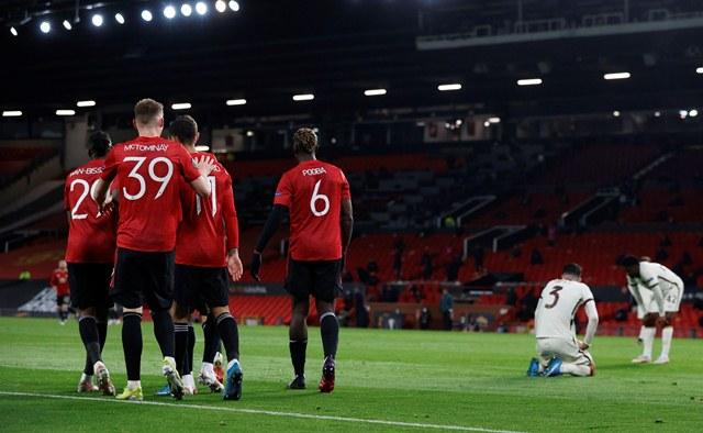 https: img.okezone.com content 2021 05 05 51 2406261 3-fakta-menarik-as-roma-vs-manchester-united-di-leg-kedua-semifinal-liga-eropa-2020-2021-ciLISHwrSs.jpg
