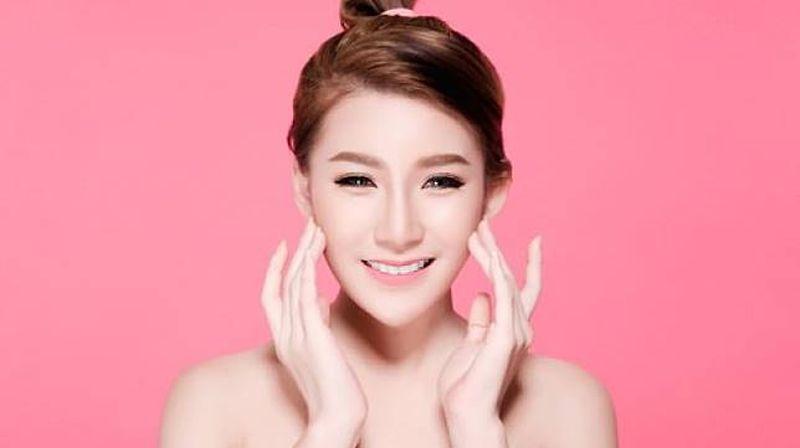 https: img.okezone.com content 2021 05 05 611 2406175 beauty-device-pengganti-treatment-facial-di-masa-depan-YzAa8DPyEa.jpg