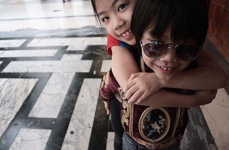 https: img.okezone.com content 2021 05 06 612 2406863 kisah-dua-jagoan-kesayangan-winnie-aoki-desainer-anak-beyonce-hingga-kardashian-wmWKqgFg2p.jpg