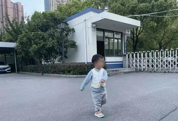 https: img.okezone.com content 2021 05 07 18 2407200 ayah-di-china-jual-anaknya-rp350-juta-uangnya-untuk-bawa-istri-baru-jalan-jalan-a5CkawZ09H.jpg