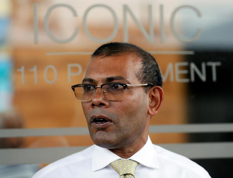 https: img.okezone.com content 2021 05 07 18 2407292 mantan-presiden-maladewa-terluka-akibat-ledakan-bom-di-ibu-kota-male-9c6964WRZT.jpg