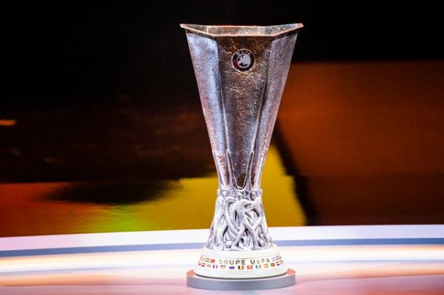 https: img.okezone.com content 2021 05 07 51 2407045 4-laga-man-united-vs-villarreal-tak-ada-pemenang-tak-ada-gol-B4ZqChCWzr.jpg