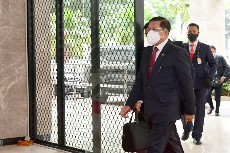 https: img.okezone.com content 2021 05 08 18 2407753 alasan-keamanan-junta-militer-myanmar-tolak-kunjungan-utusan-asean-ECx9B960Px.jpg
