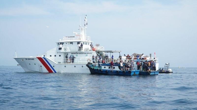 https: img.okezone.com content 2021 05 09 320 2407996 tak-hanya-darat-kemenhub-gagalkan-masyarakat-yang-nekat-mudik-lewat-laut-tkM0xIc7im.jpg