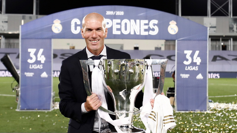 https: img.okezone.com content 2021 05 09 51 2407890 massimiliano-allegri-sepakat-tangani-real-madrid-zidane-jadi-pelatih-juventus-ivPZxABgme.jpg