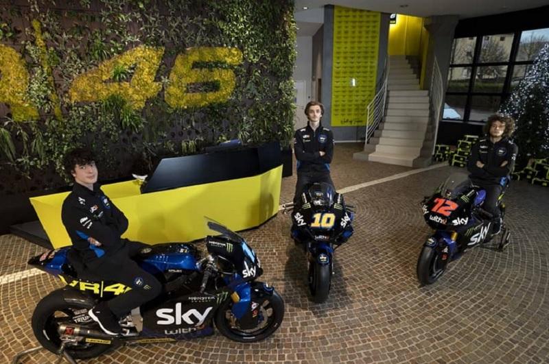 https: img.okezone.com content 2021 05 10 38 2408714 keberadaan-tim-valentino-rossi-di-motogp-2022-ancam-masa-depan-pembalap-ini-XUQFeRQpsD.jpg