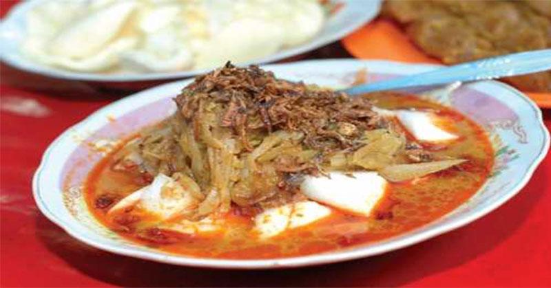 https: img.okezone.com content 2021 05 11 301 2409151 5-kuliner-khas-betawi-saat-lebaran-nyok-kite-makan-4YV0UMqQg8.jpg