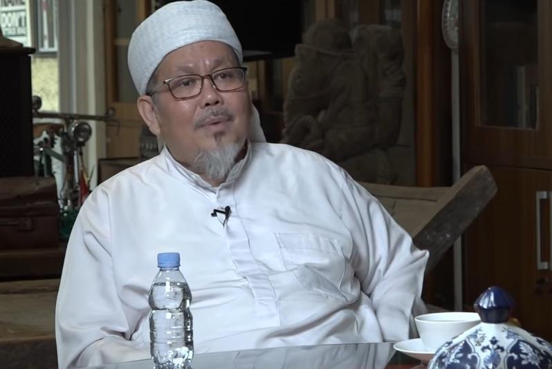 Kisah Ustadz Tengku Zulkarnain, Berawal dari Musisi hingga Terpanggil Jadi Da'i : Okezone Celebrity