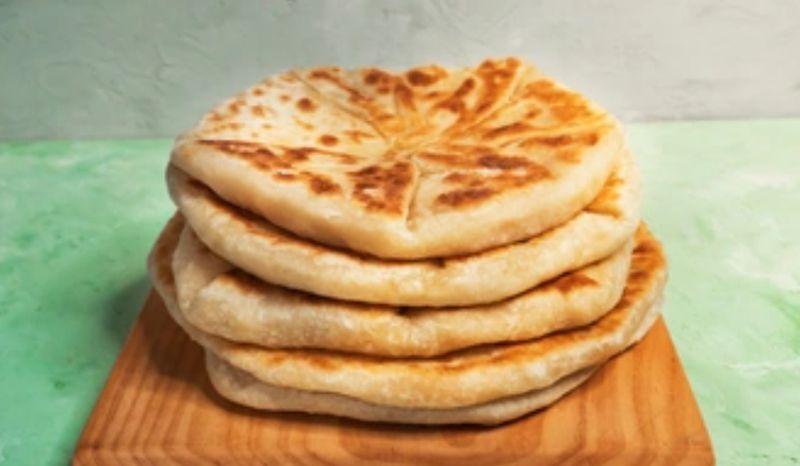 https: img.okezone.com content 2021 05 13 301 2409971 indonesia-punya-ketupat-ini-deretan-makanan-lebaran-dari-afganistan-hingga-turki-9On0eWvwcd.jpg