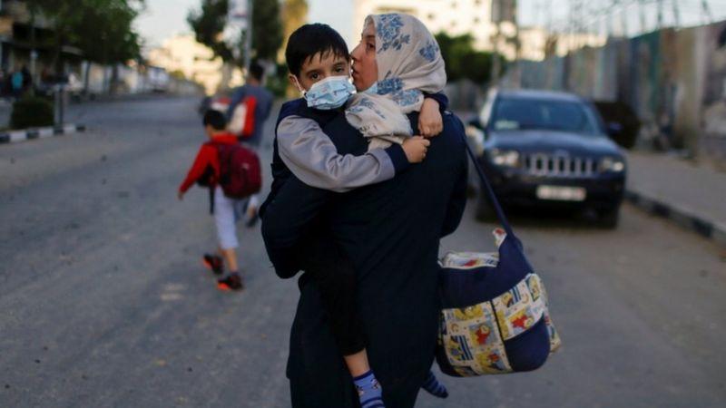 https: img.okezone.com content 2021 05 14 18 2410000 palestina-israel-warga-gaza-terancam-perang-skala-penuh-di-tengah-idul-fitri-UU6E6jNX3Y.jpeg