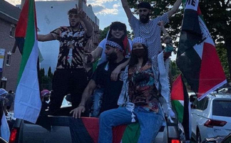 https: img.okezone.com content 2021 05 16 194 2410765 ikut-aksi-bela-palestina-bella-hadid-tampil-cantik-Xp1HJt3TnY.jpg