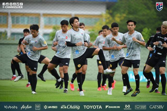 https: img.okezone.com content 2021 05 17 51 2411362 mantan-pelatih-ungkap-kelemahan-timnas-thailand-indonesia-bisa-ambil-keuntungan-QCfOKC8FeU.jpg
