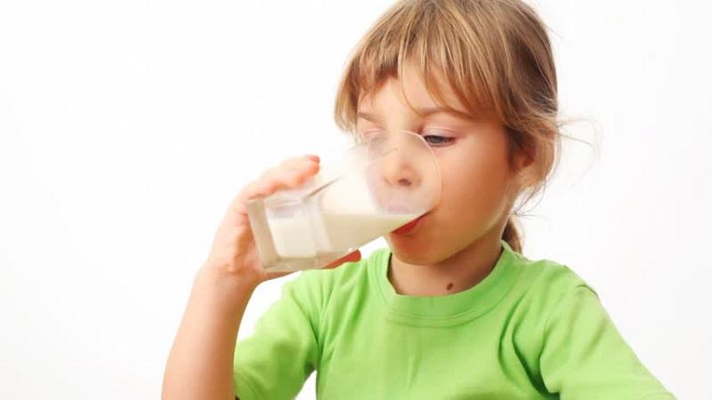 https: img.okezone.com content 2021 05 17 612 2411367 jaga-kesehatan-anak-di-tengah-pandemi-jangan-lupa-asupan-prebiotik-dan-probiotik-twl0urrY2Z.jpg